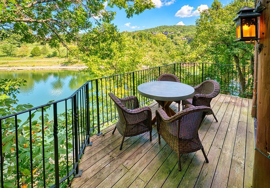Lakeside private cottage accommodation patio view of Table Rock Lake at Big Cedar